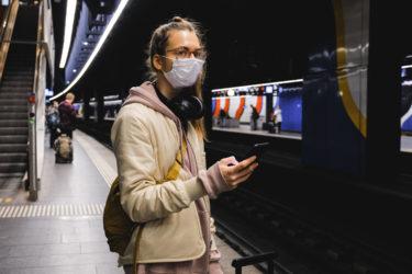 スイスのマスク事情は?【公共交通機関利用時におけるマスク着用の義務化・スイスのCOVID19対策】